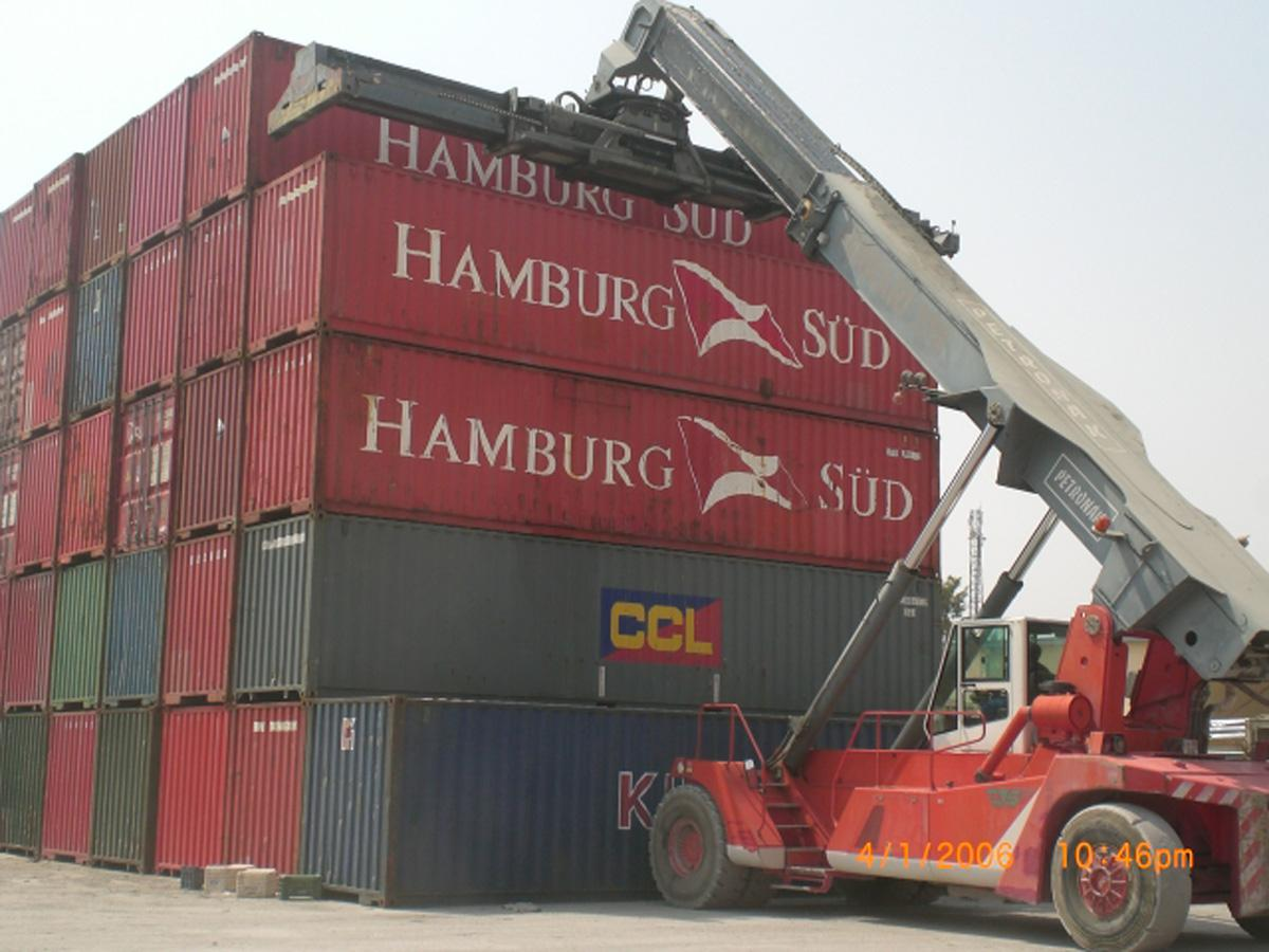 CONTAINER STORAGE HANDLING AND TRANSPORTATION SERVICES Petronak